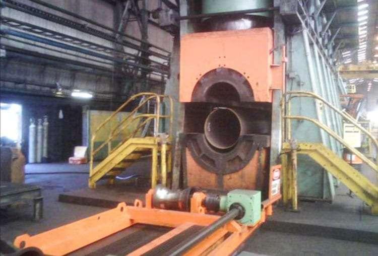 "Huge press capable of producing a 50"" (1270 mm) diameter pipe"
